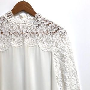 Belle & Sky white blouse with lace sleeves